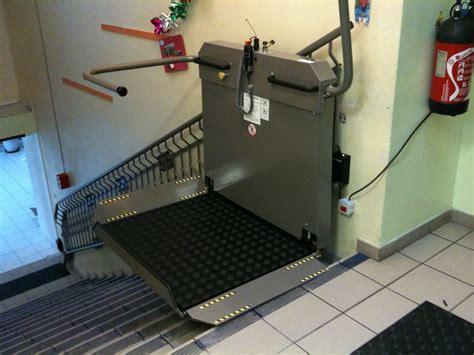 plateforme monte escaliers gph mobilit 201