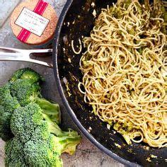 chair a saucisse pates p 226 tes au pesto 224 la cr 232 me chair de saucisse recette trois fois par jour pesto and