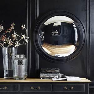 Spiegel Rund Holzrahmen : konvexer spiegel vendome mit schwarzem holzrahmen d 90 cm maisons du monde ~ Whattoseeinmadrid.com Haus und Dekorationen