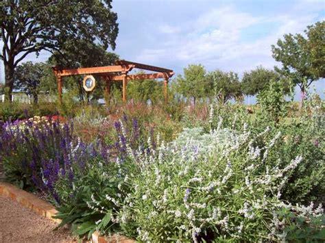 olive garden denton tx israel prayer garden denton county master gardener