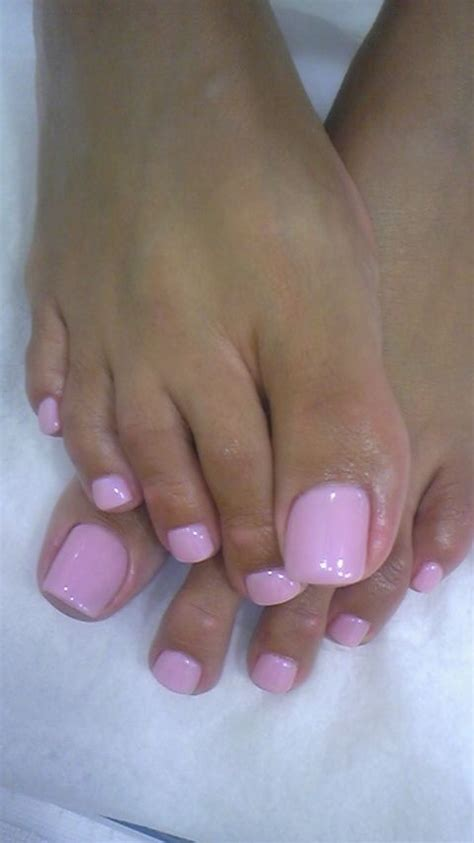 toes creep      nice  explain