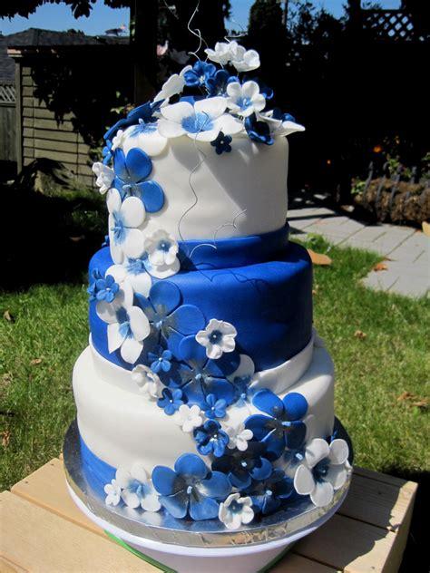 100 blue wedding cakes purple and blue wedding
