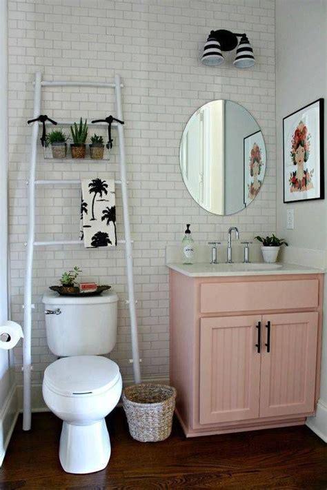 small apartment bathroom decorating ideas decorating ideas for small bathrooms in apartments pic