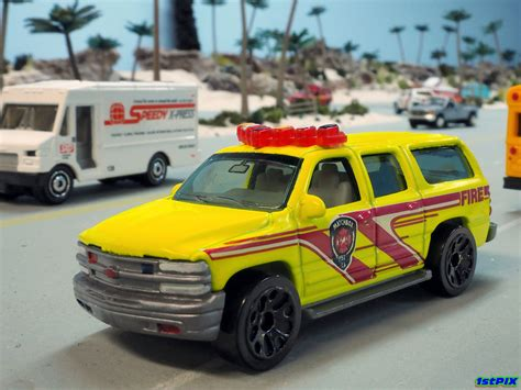 Matchbox 2000 Chevy Suburban Fire 1 76 Matchbox 2000