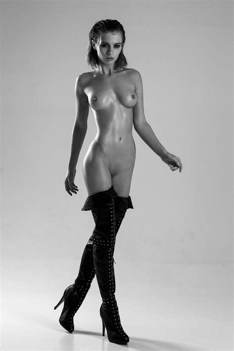 Marta Gromova Naked 10 Photos Thefappening