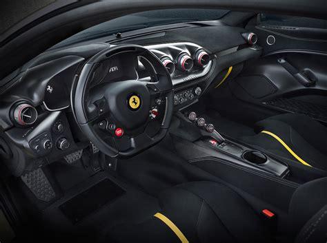 Ferrari 812 superfast vs f12berlinetta. Conheça a nova Ferrari F12 TDF