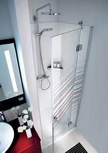 Douche Petit Espace : bien am nager une petite salle de bain femmesplus ~ Voncanada.com Idées de Décoration