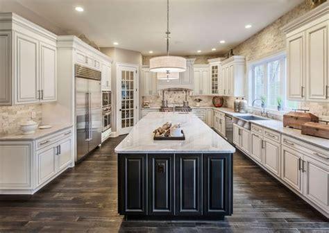 antique white kitchen cabinets ideas   liquid image