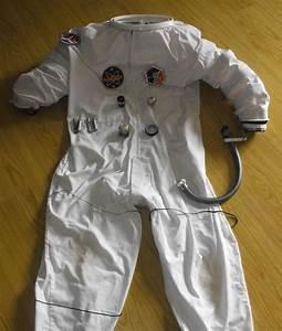 Super Low Budget ASTRONAUT Costume   Space Suit ...