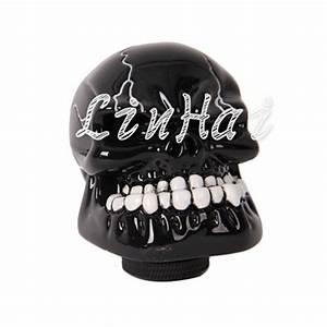 Universal Black Skull Manual Control Car Gear Shift Knob