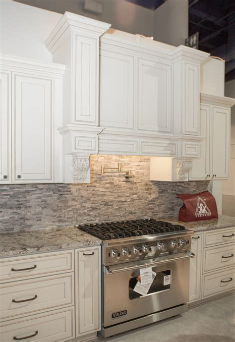 j and k cabinets pricing pearl maple glazed j k cabinets kitchen