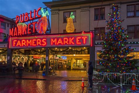 christmas   attractions  seattle
