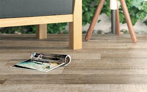 Fliesen Holzoptik Köln by Fliesen F 252 R Den Au 223 Enbereich Auf Terrasse Balkon Oder Garten
