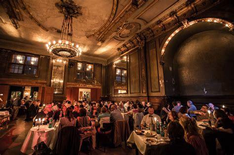 cuisine allemand clärchens ballhaus salle de bal resto et concert à