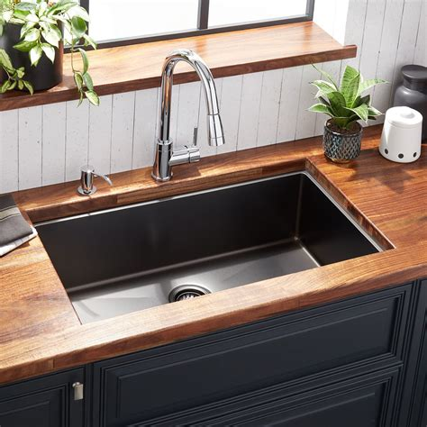 sink kitchen 32 quot atlas stainless steel undermount kitchen sink