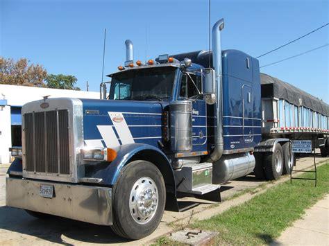 18 wheeler volvo trucks for sale 1600px