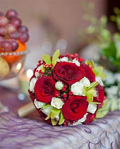 Beautiful Bouquet Of Rose Flowers On Table. Wedding ...