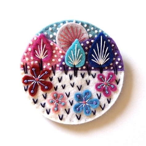 SNOWSCAPE felt brooch pin with freeform embroidery ...