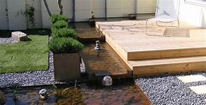Wasserlauf Im Garten : garten umgestaltung mit holzterrasse und wasserlauf wanne ~ Orissabook.com Haus und Dekorationen