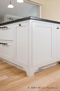 kitchen cabinets and doors kitchens llc 5898