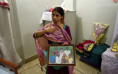 Mute Indian Woman Returns From Pakistan To Find Long Lost