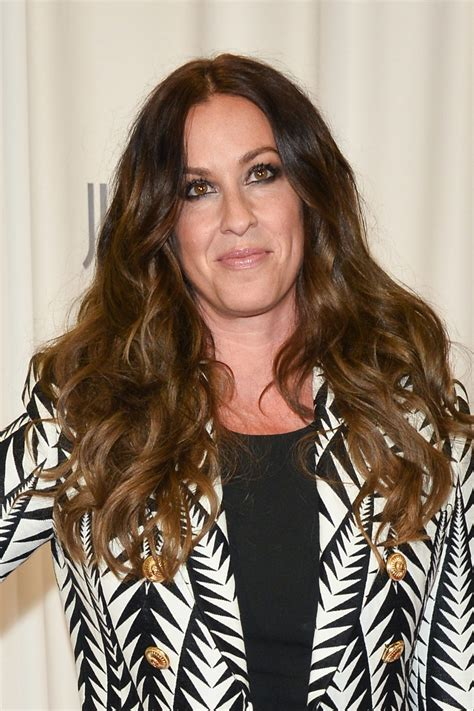 Alanis Morissette's Ex-Manager Admits To Stealing $5 ...