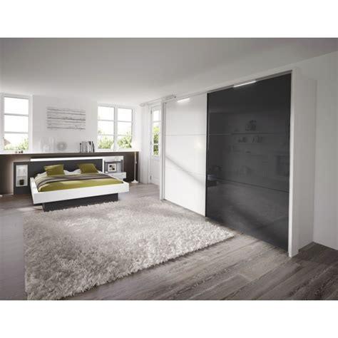 chambre grise et blanche rideaux cuisine