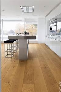 Holzdielen In Der Küche : haro parkett 4000 landhausdiele plaza 4v eiche markant stark strukturiert naturalin plus ge lt ~ Markanthonyermac.com Haus und Dekorationen