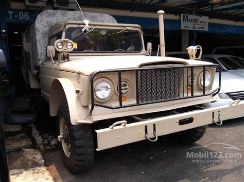 mobil jeep lama jual mobil jeep kaiser 1968 m715 3 8 manual 3 8 di dki