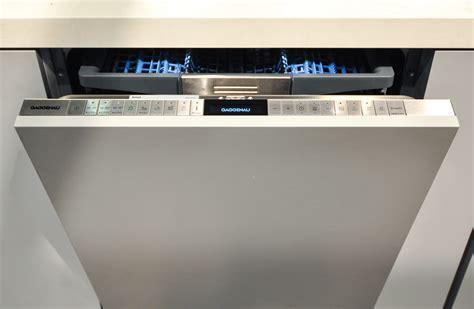 Gaggenau?s New Dishwasher Offers High Tech Luxury