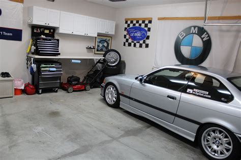 Bmw Garage by My Garage With The Bmw E36 M3 Right At Home The