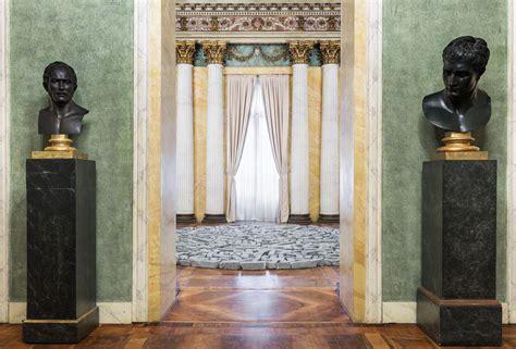 Finestra Cortile by La Finestra Sul Cortile Della Villa Reale The Blogartpost