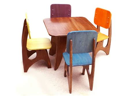 wooden table and chairs for homesfeed