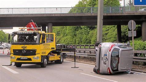 was müssen sie beim einfahren auf die autobahn beachten erhebliche behinderungen beim einfahren auf die autobahn