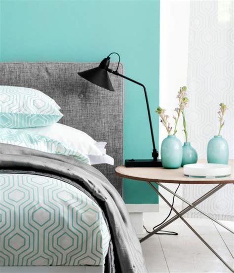 chambre ado vert et gris amazing ide mur d accent peinture vert d eau linge de lit