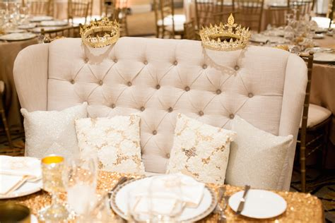 tufted furniture rentals give your wedding a glam look
