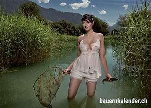 Nackt Im Keller : les alpages suisses ont du charme surtout quand les fermi res du pays posent dans un ~ Frokenaadalensverden.com Haus und Dekorationen