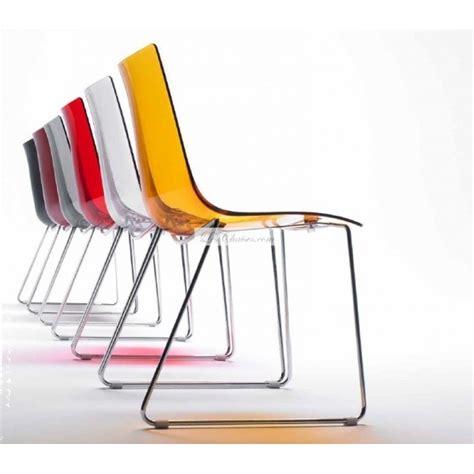 pied cuisine reglable chaise transparente design zebra et chaises design transparente par scab