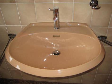 Badezimmer Unterschrank Zu Verschenken by Fliesen Zu Verschenken Dachziegel Quadrat Fliesen