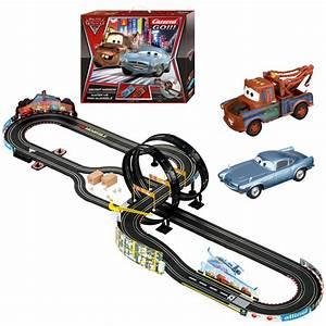 Circuit 24 Auto : coffret carrera go disney cars 2 mission secrete ~ Maxctalentgroup.com Avis de Voitures
