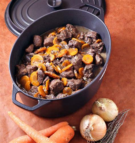 recettes de cuisine anciennes boeuf bourguignon aux carottes en cocotte les meilleures