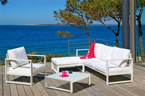 bureau pas cher design salon de jardin design en fer haut de gamme meuble et