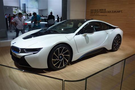 Bmw Supercar by Bmw I8 Hybrid Supercar Pictures And Frankfurt Motor