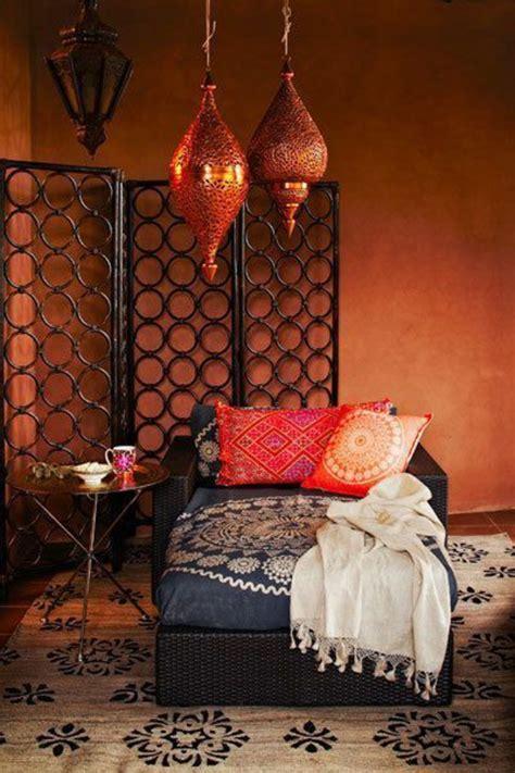 tissu canapé marocain le salon marocain de quot mille et une nuits quot en 50 photos