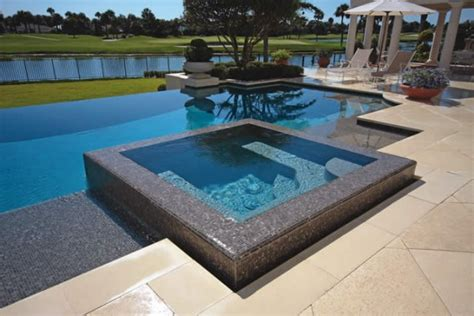 Skargards Tub by 11 Awesome Pools For Your Home Awesome 11