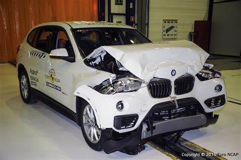 Official BMW X1 2015 safety rating