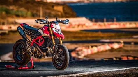 ducati hypermotard  sp   wallpapers hd