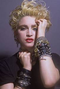 Madonna Faz 59 Anos Relembre As Mudanas De Beleza Da