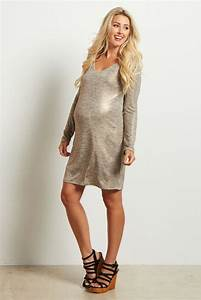 Best 25+ Metallic maternity dresses ideas on Pinterest   Formal gowns with sleeves Bronze ...