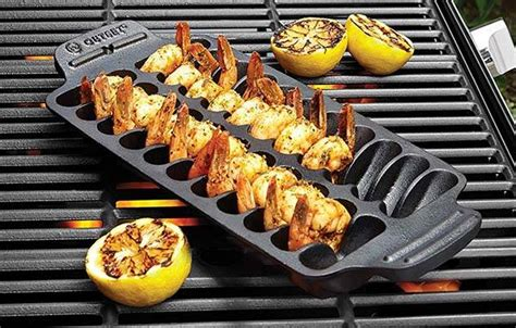 outset shrimp cast iron grill  serving pan gadgetsin